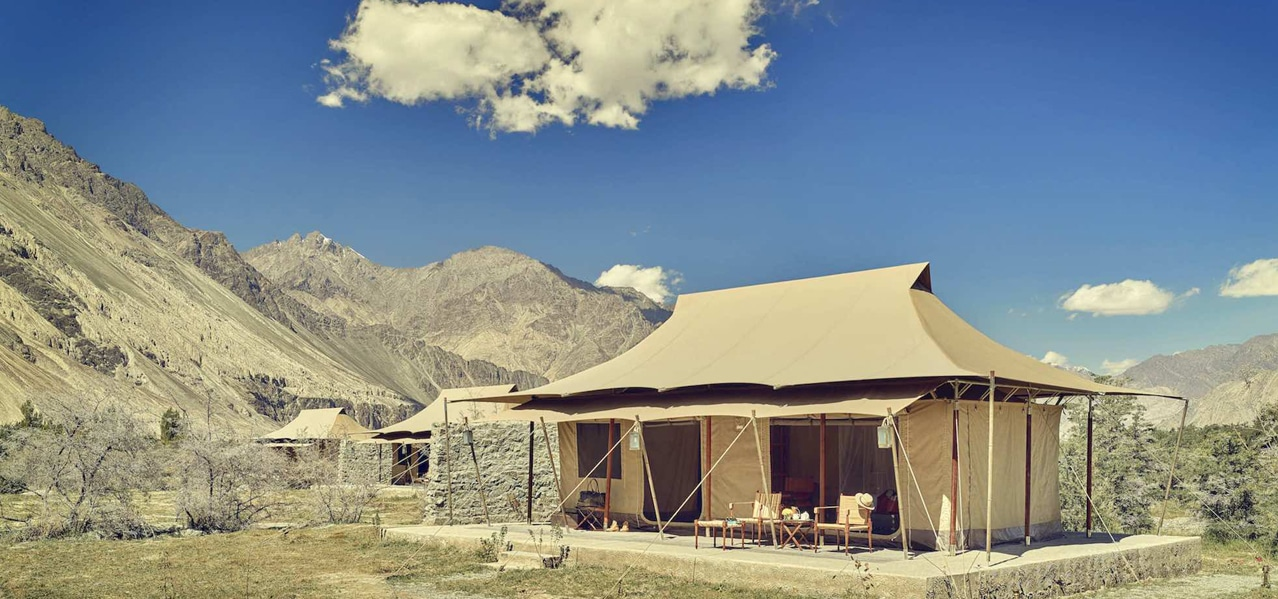 ORIGINAL GLAMPING - LUXURY CAMP WORLDWIDE - ULTIMATE TRAVELLING CAMP - INDIA